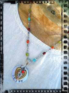 Pendant BEING 1 by The Beading Yogini