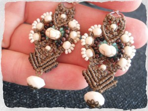 Tonga KieKie Earrings By The Beading Yogini